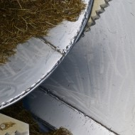 Stainless steel edge on auger