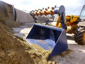 RS Agri Silacut - with optional bucket attachment